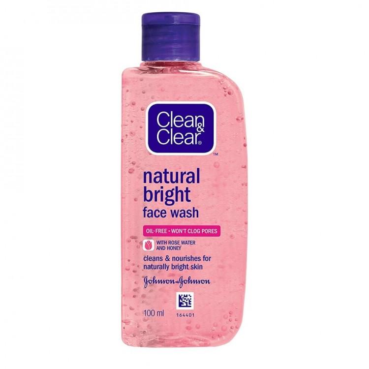 Johnson & Johnson Clean & Clear Natural Bright Daily Wash 100ml